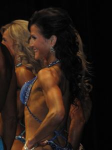 Deanna Harder looking gorgeous during her last Figure competition. Photo and caption by FFG.